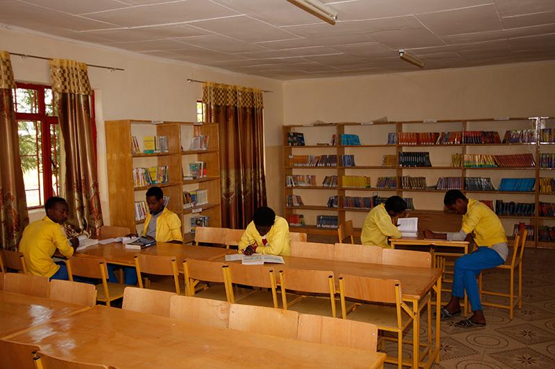 Middelbaar onderwijs, Middelbare school